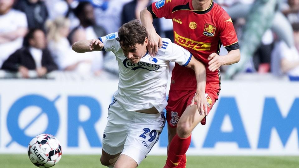 Robert Skov (tv.) overgik Ebbe Sands målrekord i Superligaen, men FC København tabte alligevel hjemme til FC Nordsjælland.