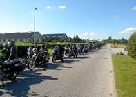 Motorcykler i kortege til julemærkehjem
