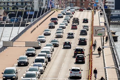 Derfor er broarbejde blevet forsinket
