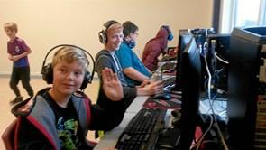 Flere end 100 gamere samles i Trekroner