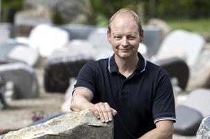 Allan droppede hektisk hverdag i byggebranchen: En avis-annonce ændrede alt