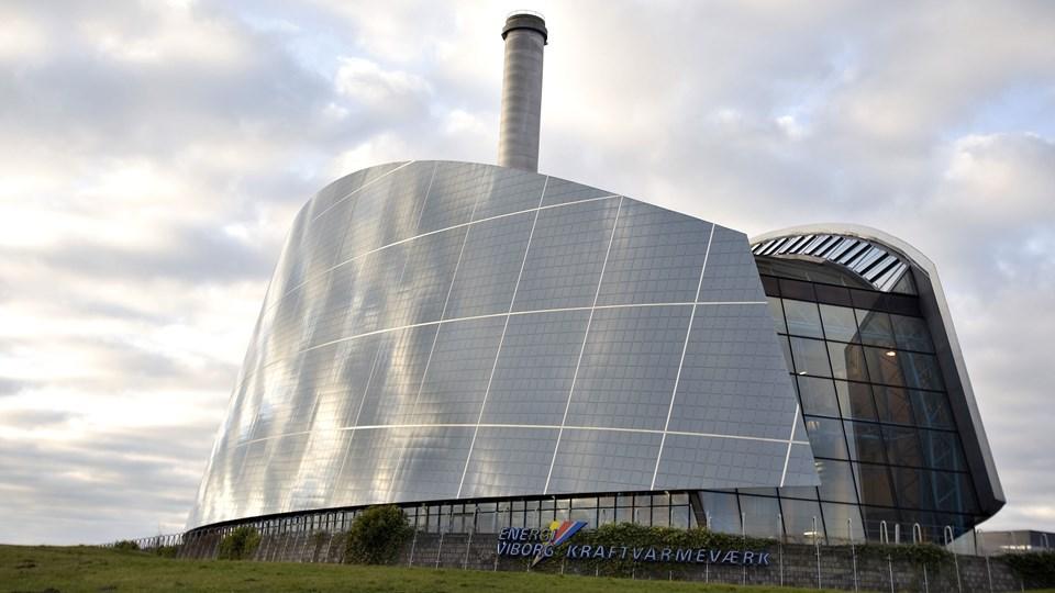 Viborg Kraftvarmeværk er en af de værker, der har mistet sit grundbeløb. Det betyder, at et gennemsnitligt parcelhus på 130 kvadratmeter, fra december 2017 til januar 2019 er blevet 4472 kroner dyrere om året at opvarme. (Arkivfoto)
