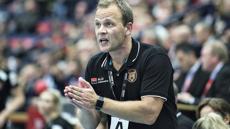 København Håndbold-cheftræner Claus Mogensen kan se frem til at spille europæiske kampe i den kommende sæson. (Arkivfoto)