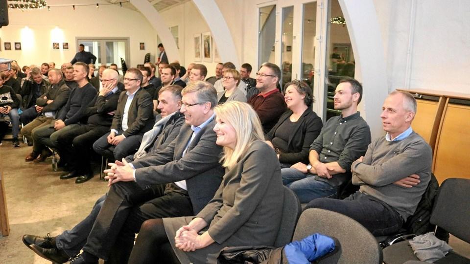 Byrådet var flot repræsenteret til krisemødet onsdag aften. Og nu er politikerne klar til at indgå i en dialog med Hans Arenfeldt. Foto: Tommy Thomsen