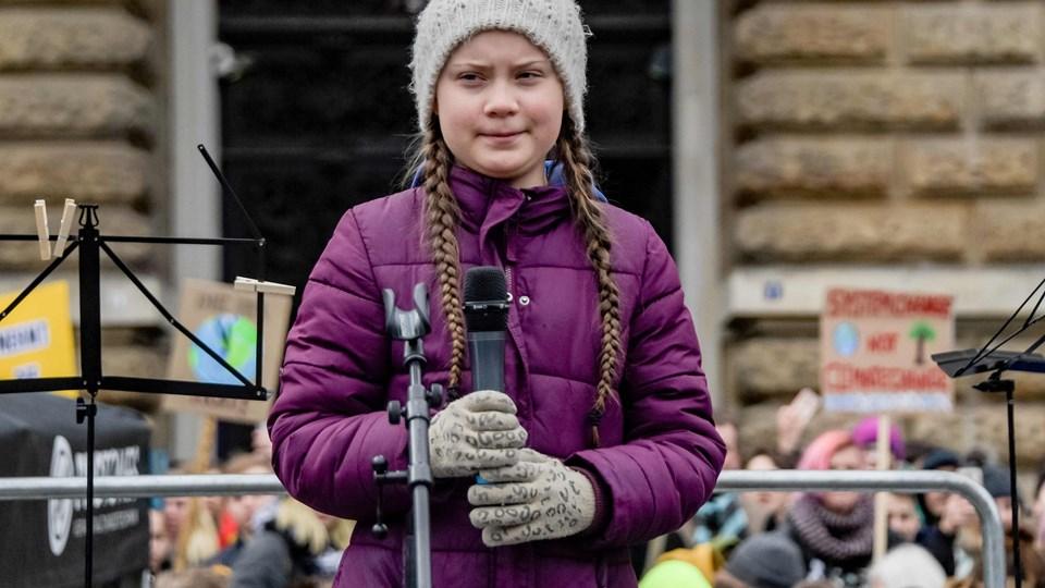 Den svenske klimaaktivist Greta Thunberg er blandt de nominerede til Nobels fredspris. Den 16-årige pige har med sin ugentlige klimastrejke inspireret hundredtusinder af andre rundt om i verden. Her taler hun foran rådhuset i den nordtyske by Hamburg tidligere på måneden.