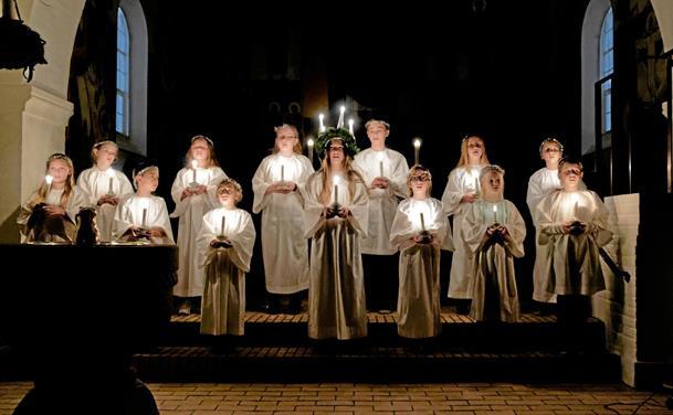 Lucia og De Ni Læsninger i bykirken