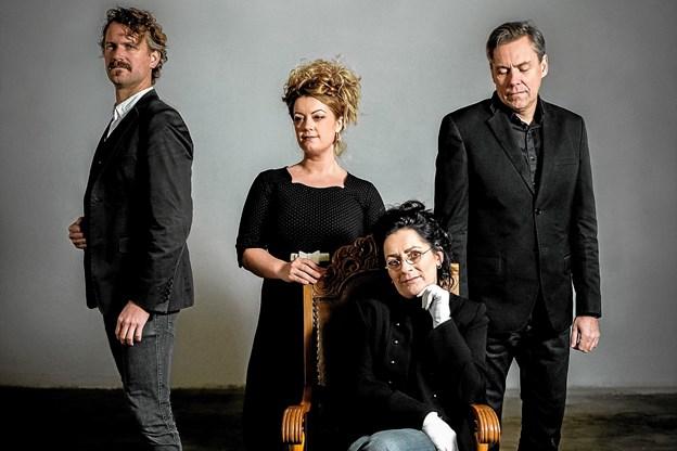 Hørmested Kirke har igen i år en stor musikalsk oplevelse på programmet. Det er Ester Brohus med Band, der spiller op til en fornøjelig aften. Foto: PR-foto