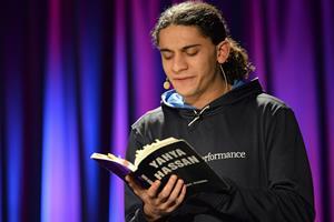 Yahya Hassan fylder biblioteket