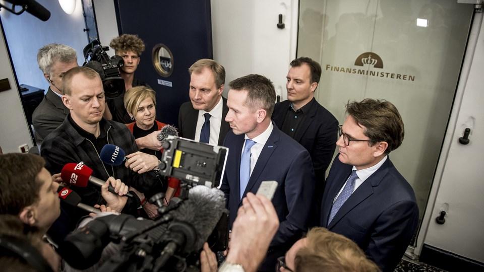 I fredags kunne regeringen og DF fortælle, at de er enige om, at der skal spares 20 procent i DR over fem år. Scanpix/Mads Claus Rasmussen