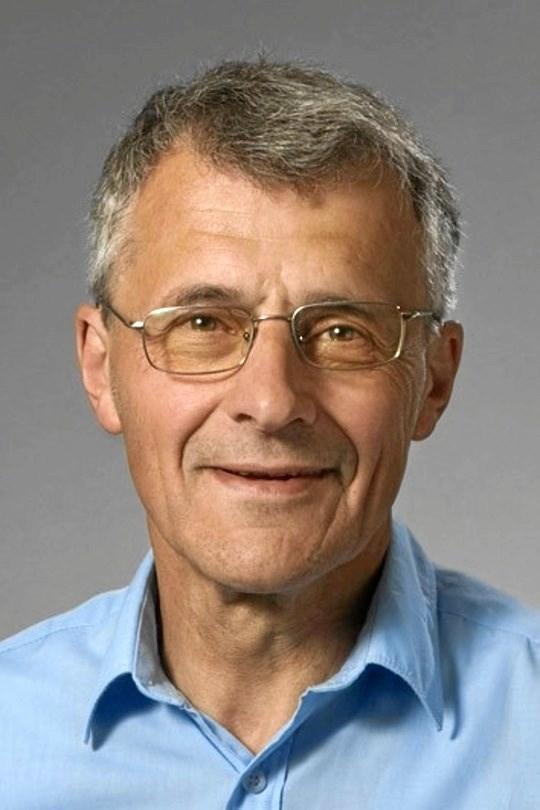 Torben Arboe, Aarhus Universitet, taler 27. november om dialekter på Arden Bibliotek.  Privatfoto
