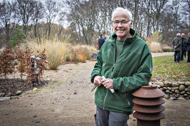 Bangsbo Botaniske Have i Frederikshavn fylder 30 år. Her havens primusmotor foreviget ved 25 års jubilæet - nemlig Herluf Johansen.