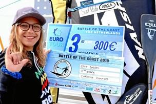 Caroline fra Thisted overraskede professionelle surfere og tog medaljer med hjem