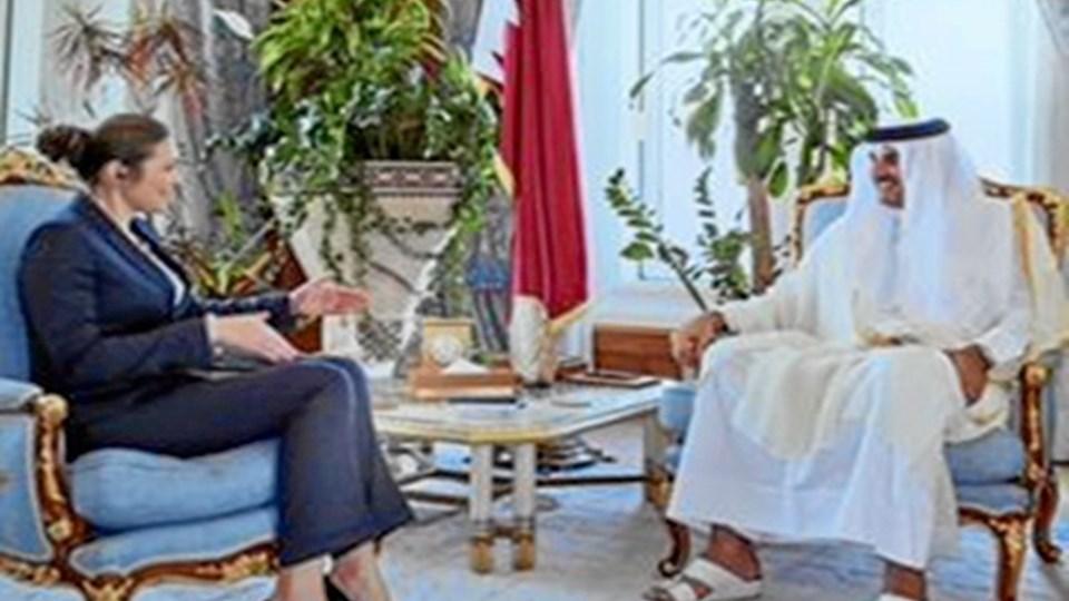Emiren af Qatar mødes med ambassadør Merete Juhl.