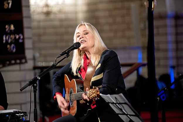 Anne Linnet glæder sig meget til at komme tilbage til Frederikshavn Kirke - sidst hun var i kirken var i julen 2016 hvor hun også trak fulde huse.