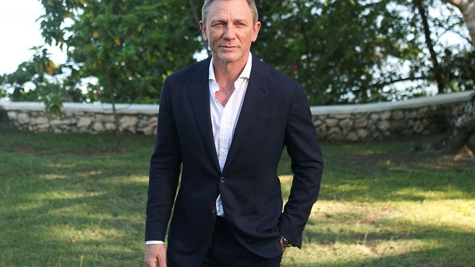 Skuespilleren Daniel Craig indtager rollen som Bond igen.