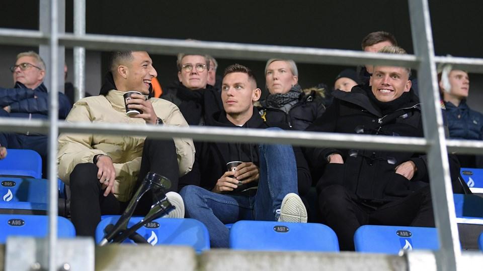 Mikkel Wohlgemuth (i midten) troede, at han var tilbage på Vendsyssel-holdet efter en skadespause, men en scanning har vist, at han har ødelagt korsbåndet i knæet for tredje gang i karrieren. Foto: Bente Poder
