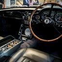 Legendarisk James Bond-bil spækket med gadgets er solgt