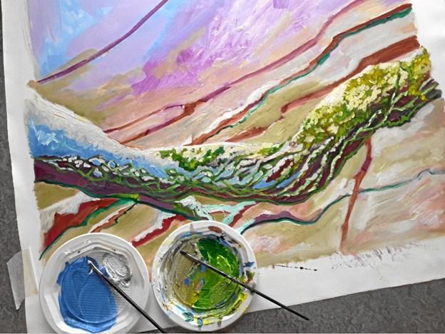 Dorte Gjerlov inviterer lørdag indenfor i atelieret, så interesserede kan se, hvad hun har skabt i løbet af tre uger. Privatfoto