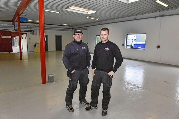 Det bliver en kæmpebutik og med et stort værksted når Lars og Nikolaj Kappel 1. marts åbner Østbyens Cykel og MC Center på adressen Industrivej 42. Foto: Ole Iversen