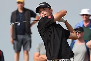 Dansk golftalent spiller sig i top-tre i Holland