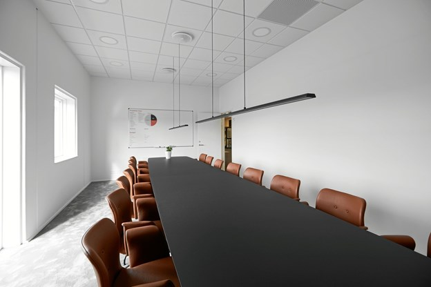 Der er god plads til både ansatte og kunder i de nye lokaler.