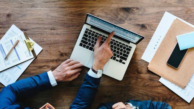 Online lån giver frihed men et endnu større ansvar til lånerne