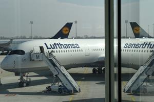 Flykaos i München: Kvinde gik udenom sikkerhedskontrol