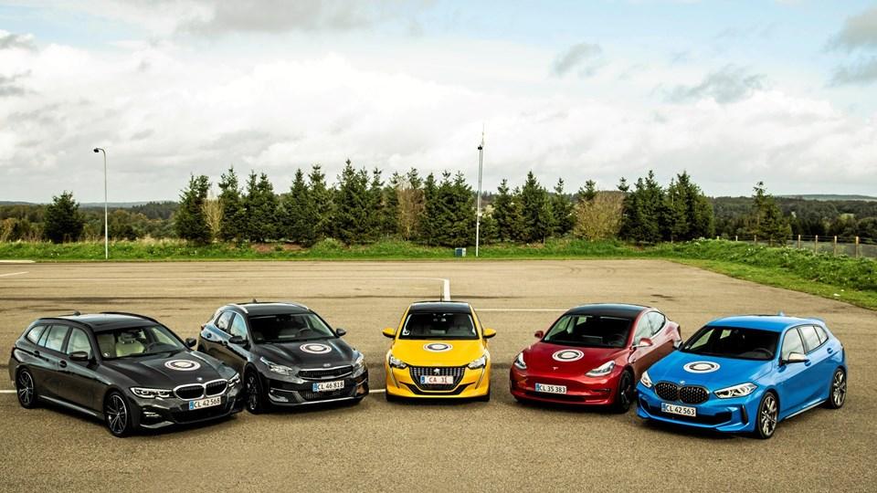 Finalefeltet til Årets Bil - fra venstre BMW 3-serie, Kia Xceed, Peugeot 208, Tesla 3 og BMW 1-serie.