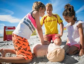 Kom i praktik som livredder på strandene ved Tornby og Tversted
