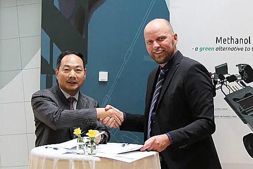 Dette håndtryk er flere hundrede millioner værd: Aalborg-firma lander kæmpekontrakt