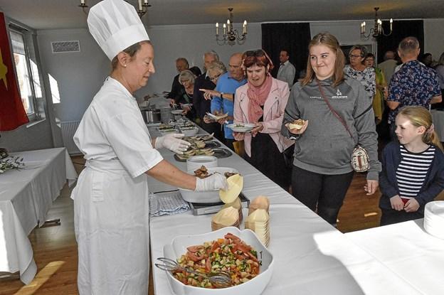 Maja Botchinsky stod for de spanske lækkerier. Foto: Ole Iversen