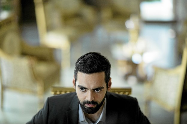 I rollen som den unge iranske mand ses Ardlan Esmail, som her ses i en scene fra filmen.