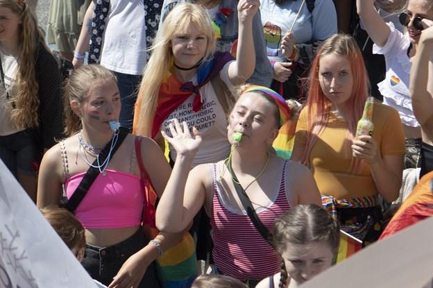 Fest i regnbuens farver: - Vi skal kæmpe for mangfoldigheden, for den er under pres
