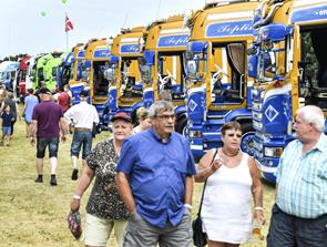 Truckshow som start på byfest