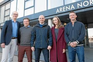 Mark O. Madsen tjekkede Arena Nord