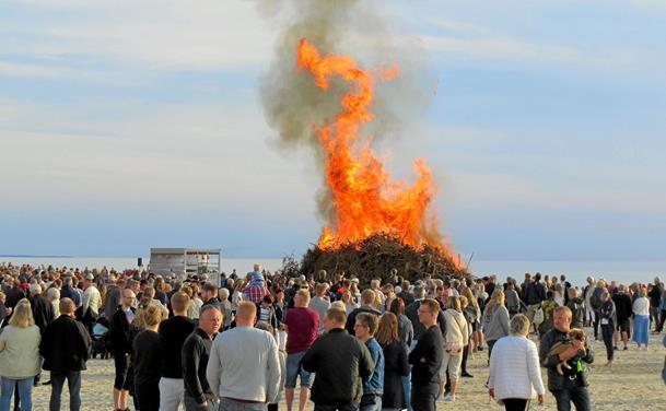Flot sankthansvejr lokkede rekord mange til stranden i Løkken