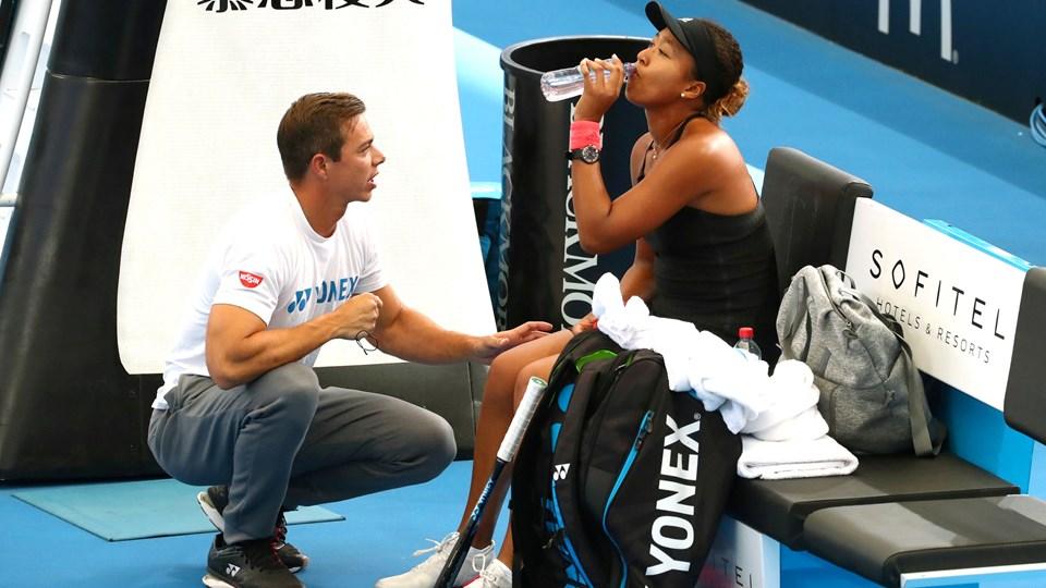 Sascha Bajin har været med til at føre Naomi Osaka frem fra en plads som nummer 72 i verden til den absolutte verdenstop. Nu har de to stoppet samarbejdet. (Arkivfoto).