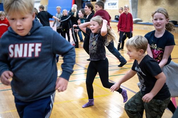 Eleverne på Mariagerfjord Idrætsskole har fem timers bevægelse om ugen.