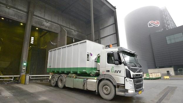 Affaldscontainere til sortering er forsinkede