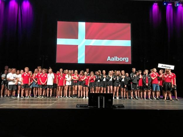 Deltagere og ledere fra Aalborg ved åbningsceremonien. Privatfoto