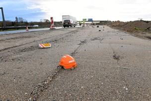 Mand kørte vejarbejder ned og stak af: Nu er 30-årig flugtbilist sigtet