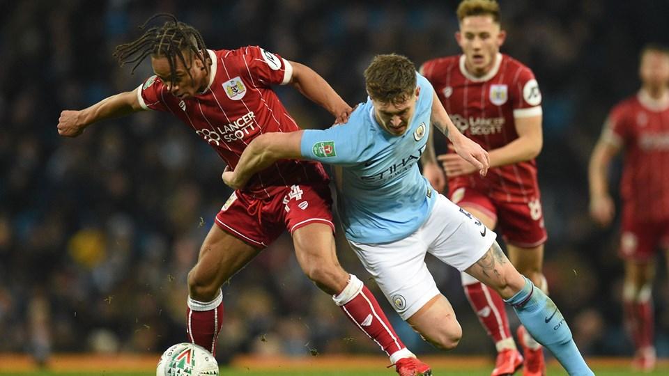 Med flot fight lykkedes det Bristol City at klare 1-1 på udebane mod Manchester City. Foto: Scanpix/Oli Scarff