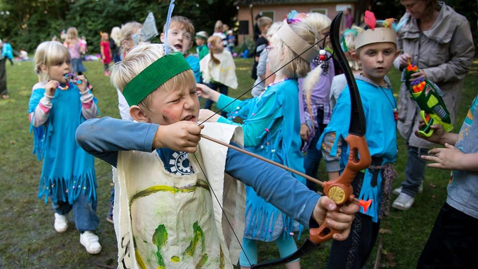 477 børn er på nuværende tidspunkt tilmeldt SFO i år. Billedet er fra en SFO -dag med indianere og cowboys som tema. Arkivfoto
