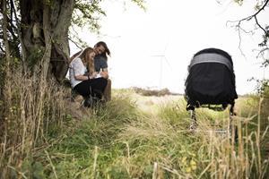 Historier om gode hjemmefødsler inspirerer gravide