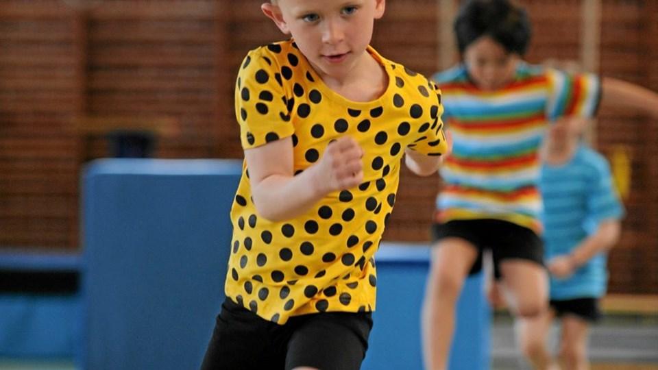 Kvalitet i Børnegymnastikken er udviklet af Danmarks Gymnastik Forbund med støtte fra Nordeafonden. Projektet fokuserer på at fremme børnegymnastikken, så den fra start til slut fokuserer på børnenes motoriske udvikling. Foto: Martin Guld Fotografi