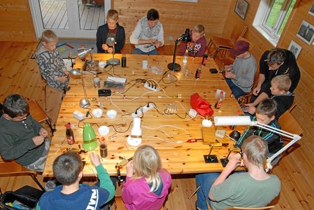 Lørdag skal der igen bindes fluer i Trend Å Lystfiskeriforenings klubhus på Ågårdsvej i Hyllebjerg. ?Privatfoto