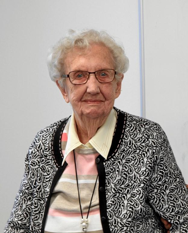 Den 100-årige Lilly Thomsen fortalte om sit liv ved præsentationen af bogen Fra Egnens Fortid 2018. Foto: Susanne Fibiger