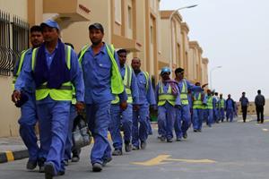 Migrantarbejdere bliver stadig udnyttet af VM-vært Qatar