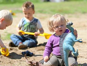 Børnehus tog på skovtur i strålende vejr