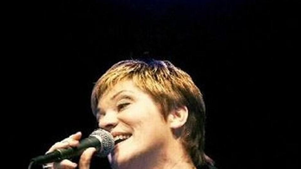 Ann-Mette Elten med band kan torsdag i næste uge opleves i Musikcaféen Farsø.